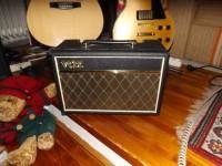 VOX gitárkombó