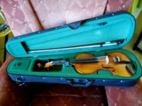 Komplett hegedűkészlet eladó (akár külön-külön is) fotó