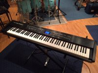 ROLAND RD700SX digitális zongora fotó